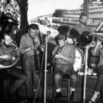 Purchase Papa Bue's Viking Jazzband MP3